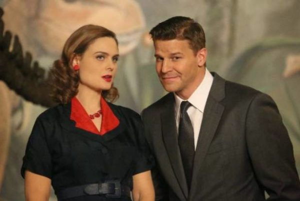 Bones: produtor confirma segundo filho de Brennan e Booth