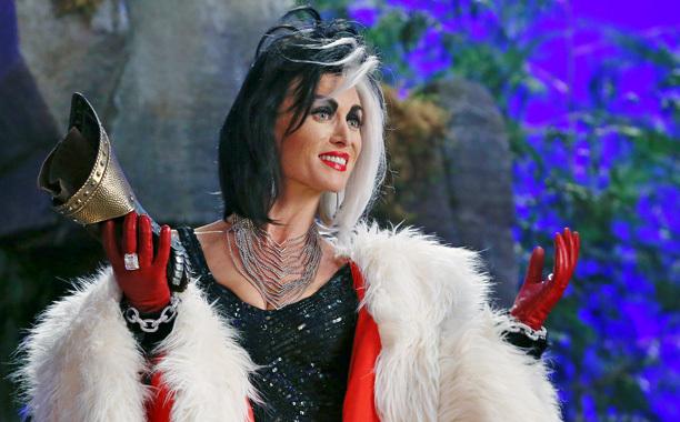 Once Upon a Time: Malévola confronta Cruella sobre a filha